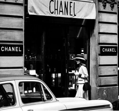 1962Coco_vintage_chanel-e1357660313316