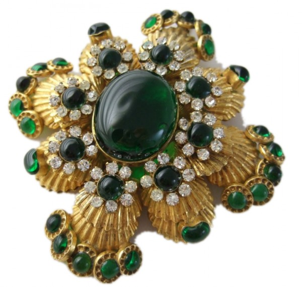 chanel-brooch-29