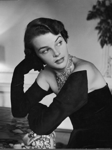 nina-leen-model-wearing-the-longest-gloves-designed-by-hattie-carnegie-which-almost-cover-the-shoulders