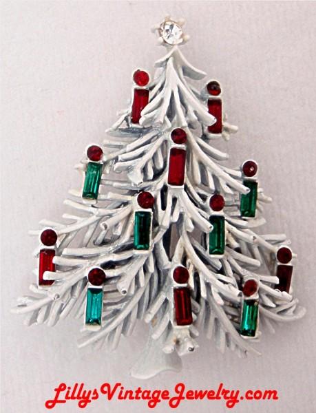 Lisner_white_enamel_candles_Christmas_tree_brooch_1