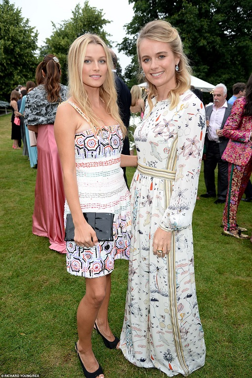 15266926-7182727-Cressida_Bonas_pictured_right_with_Lilly_Taverns_who_opted_for_a-a-12_1561540405552