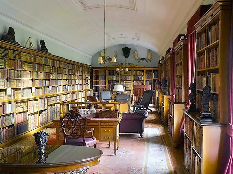 Inside-Sandringham-Library