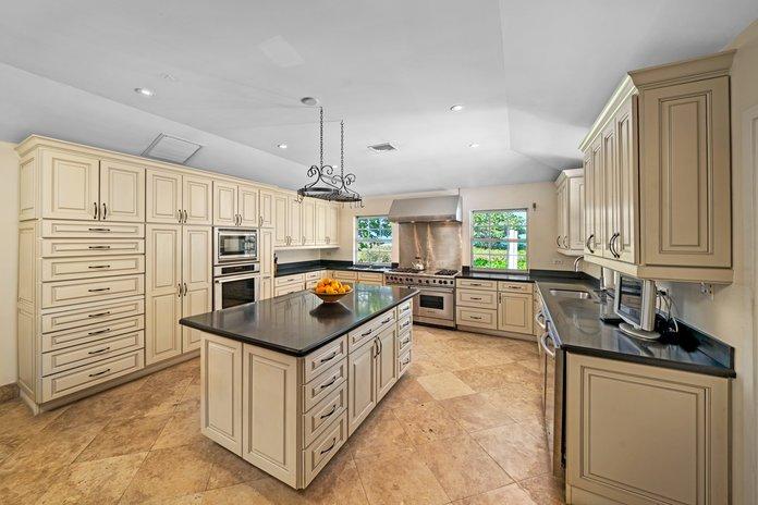 kitchen-1586495563