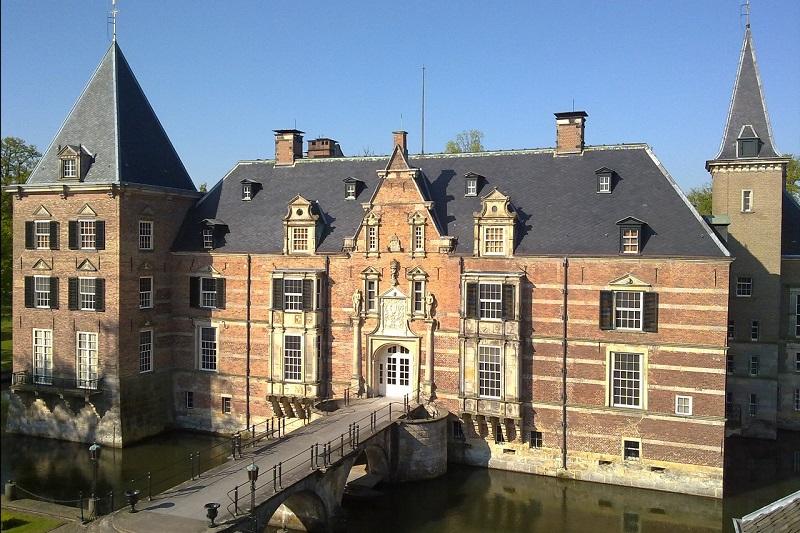 Twickel-kasteel-vanaf-torenklok-001-l