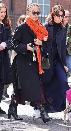 41657868-9462441-Adwoa_Aboah_seen_during_the_funeral_procession_of_John_Crichton_-a-54_1618241250012