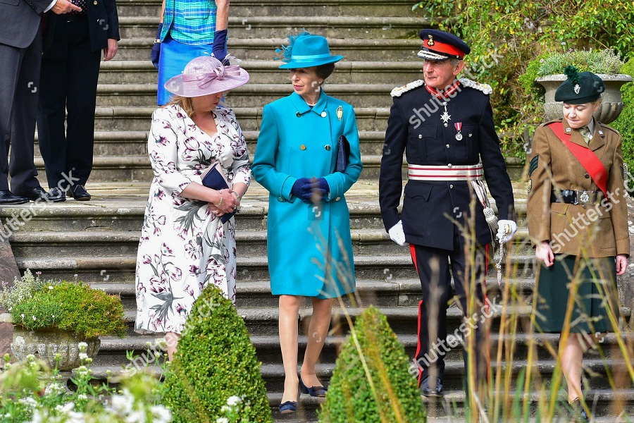 annual-garden-party-hillsborough-castle-uk-shutterstock-editorial-9858913g