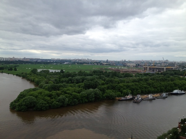 Пробка на Москве-реке_8