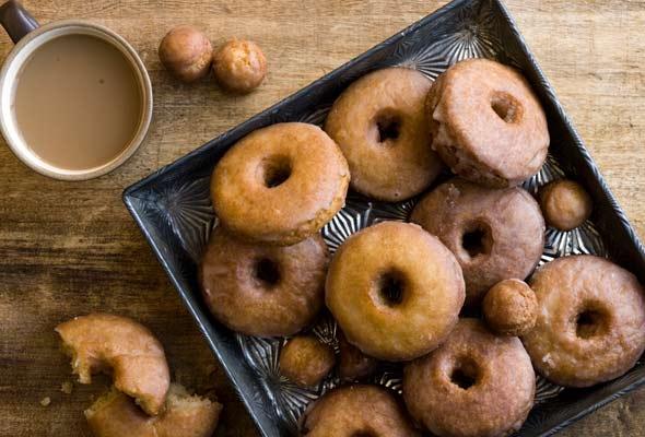 spiced-cider-doughnuts