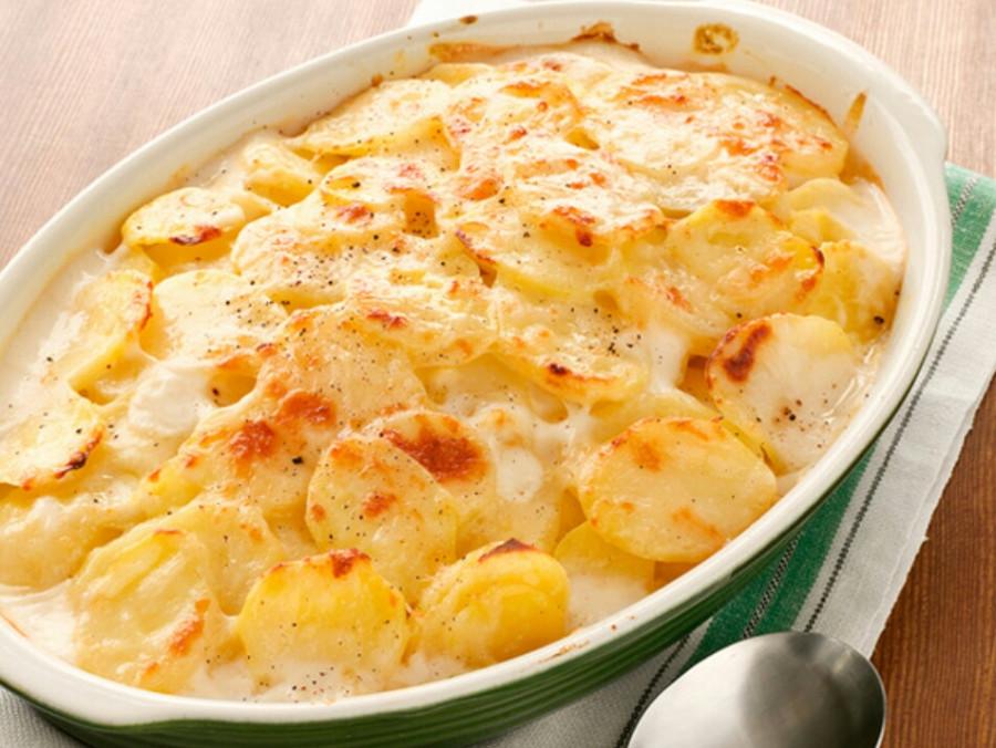Картофельная запеканка с молоком и сыром