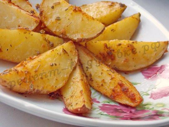 Как запечь картофель по деревенски в духовке рецепт