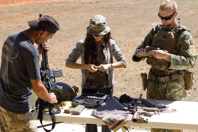 7-1 10 основных правил безопасности при обращении с оружием. Anna Knezek