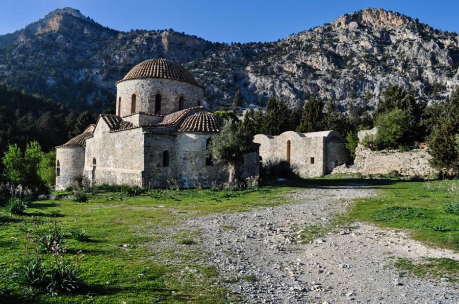 монастырь Агиос Иоаннис Хрисостомос