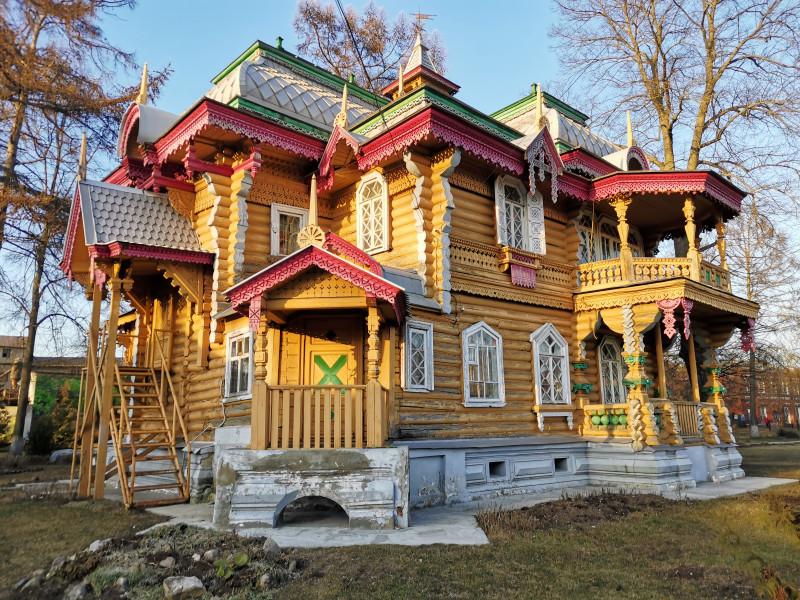 Дача Бугрова Володарск задний фасад