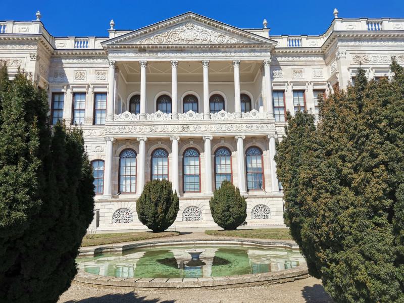 Дворец Долмабахче Стамбул 2020