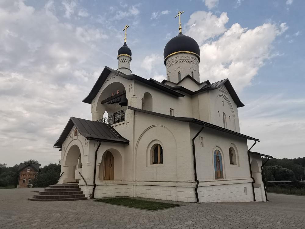 Храм Сергия Радонежского в Зеленоградском