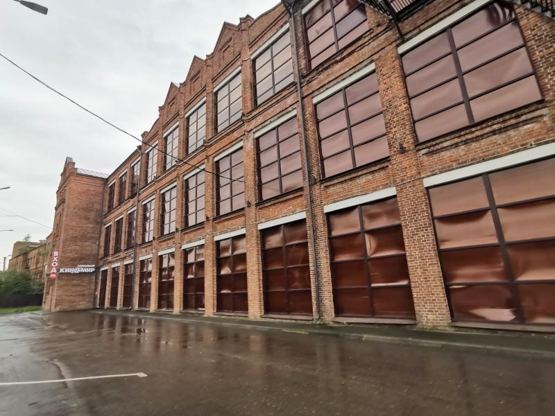 Отреставрированная часть здания фабрики РОЛЬМА Ростов Великий