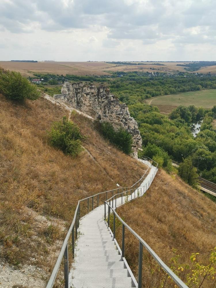 Поднимаемся на плато еще выше Див и Храма Сицилийской Божией Матери