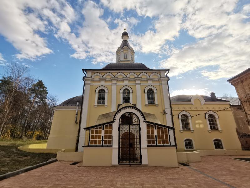 Боголюбская церковь