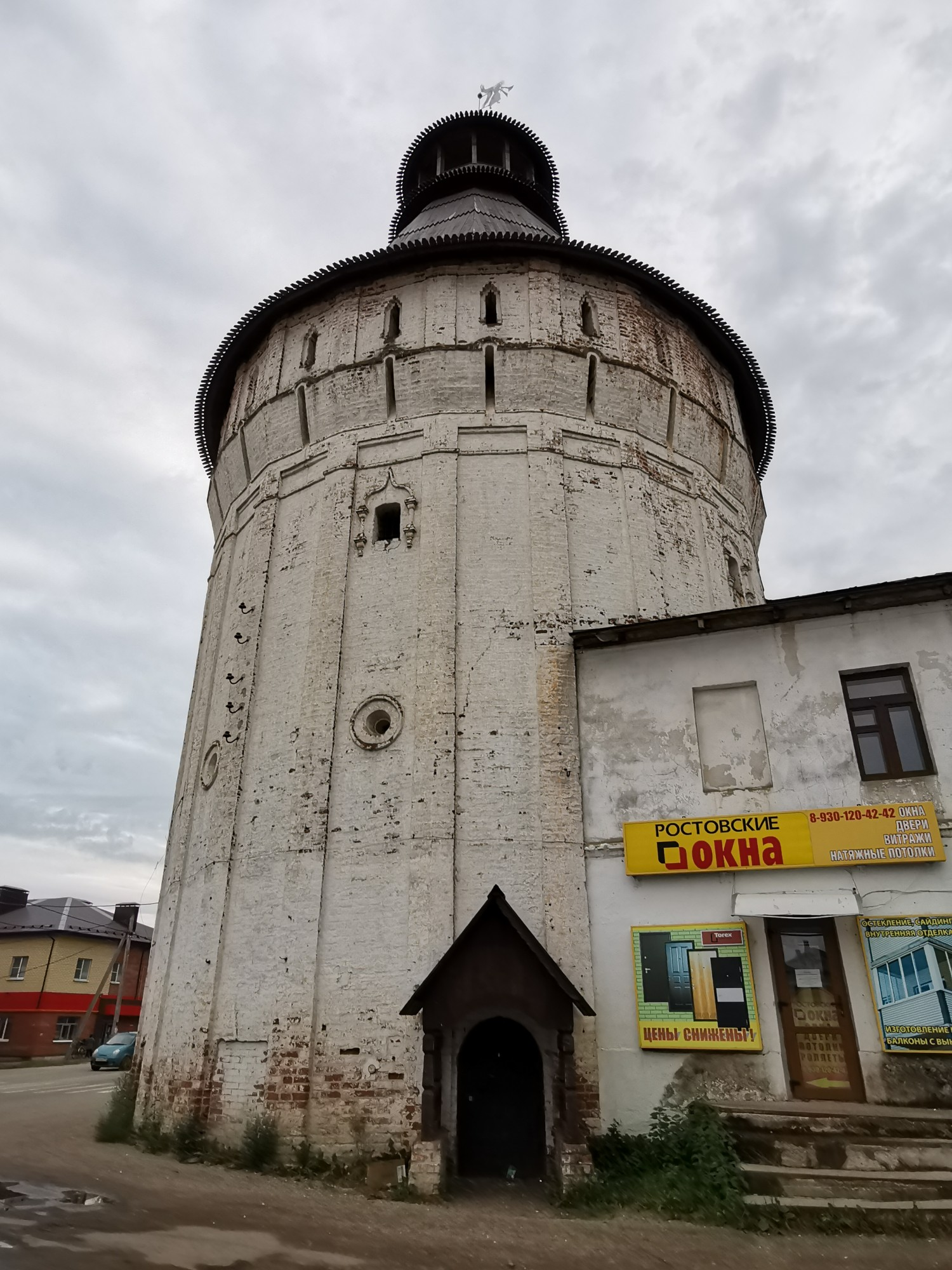 Северо-Восточная башня Борисоглебского монастыря