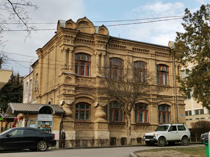 Здание приходской школы