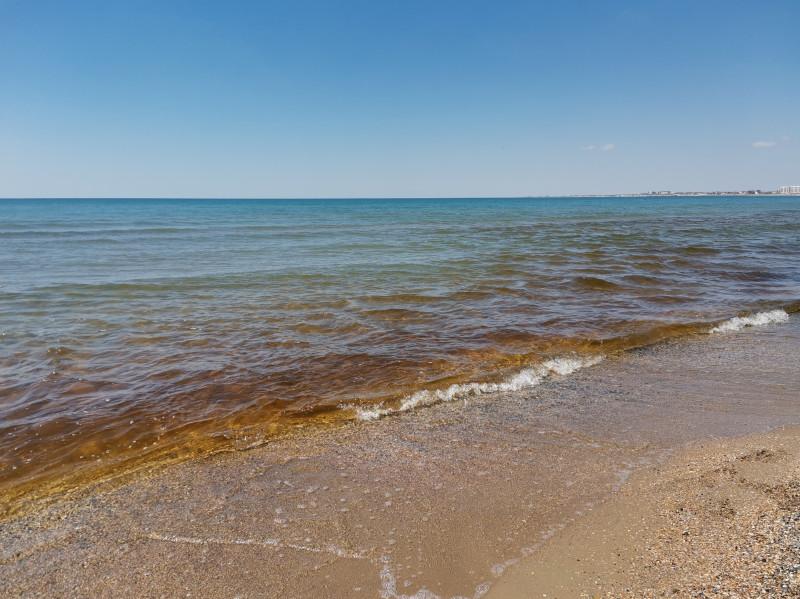 Море рядом с речкой Анапкой