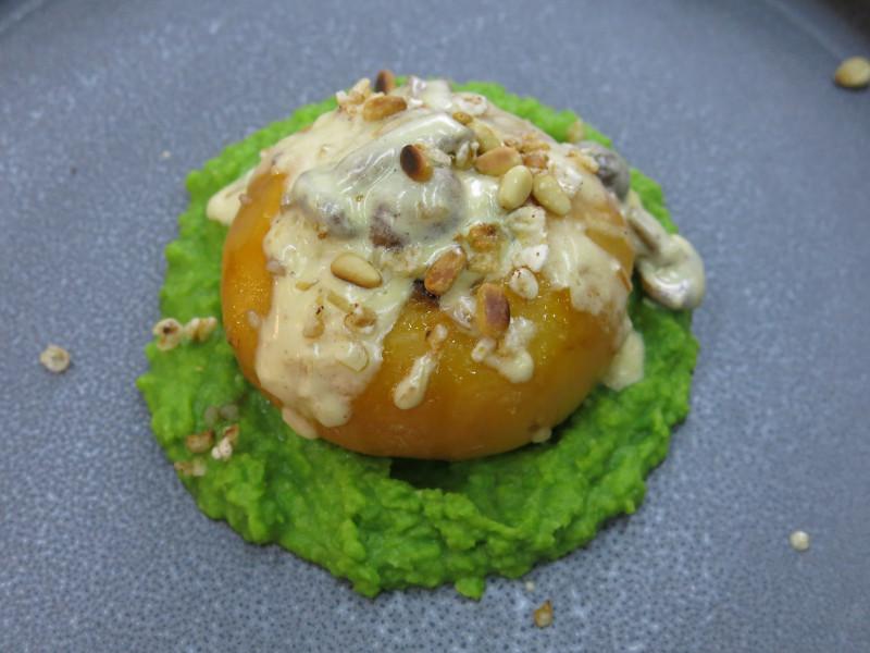 Запеченная репа, фаршированная гречкой с языком оленя, кабаньим салом, под грибным соусом на подушке из горохового пюре