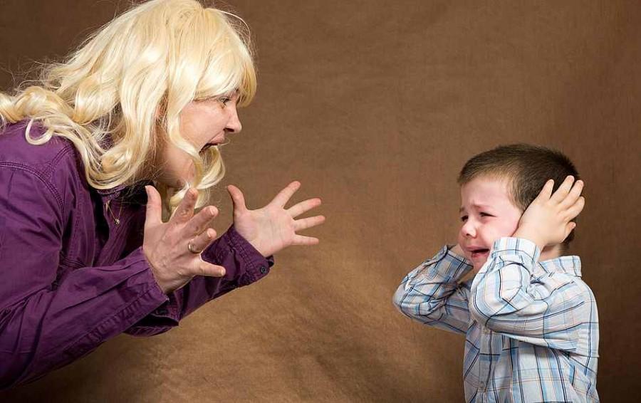 Порно про жену и мальчика фото 356-482