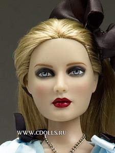 Кукла Алиса в голубом