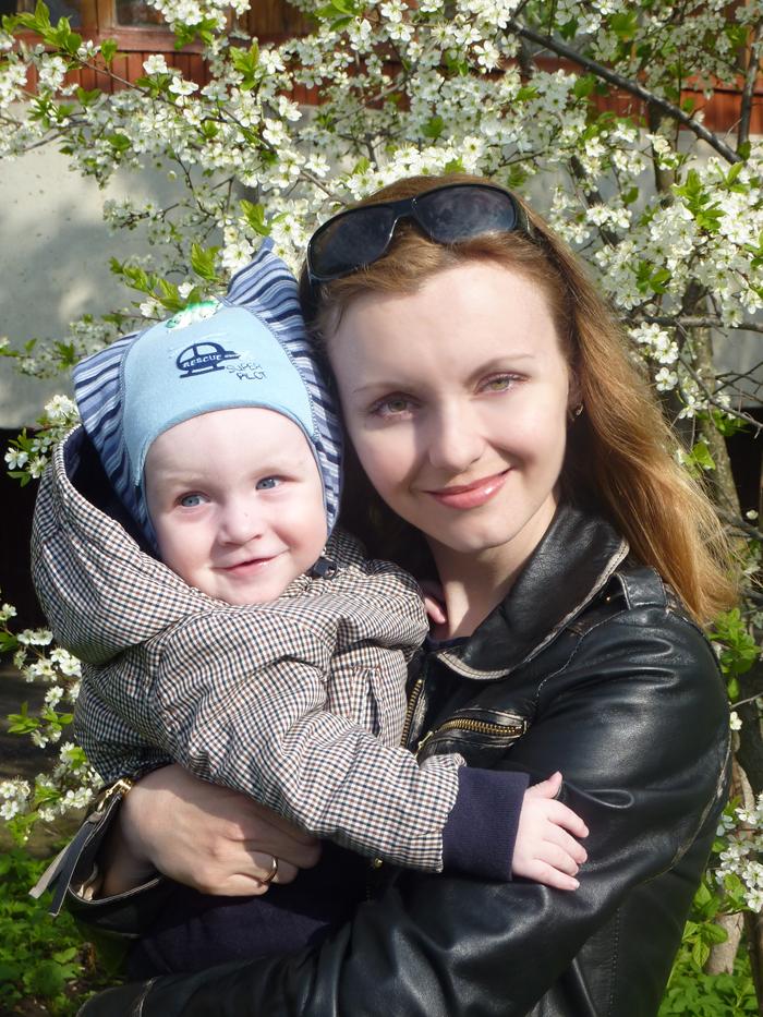 Инга Эйкевог с сыном-россиянином.