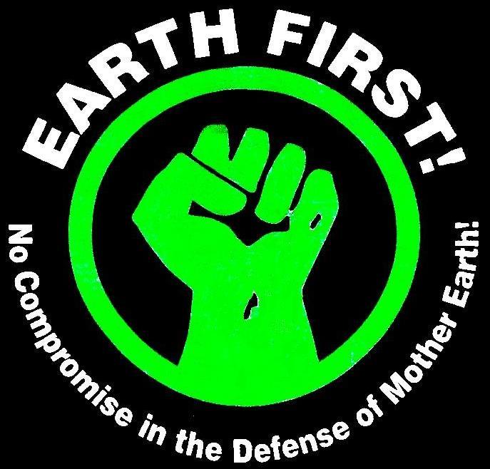 """""""Земля прежде всего"""" - девиз радикальных экоактивистов."""