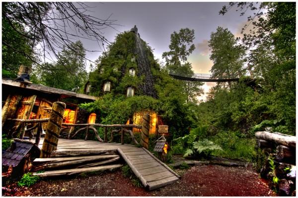 Montaña-Mágica-Lodge-Huilo-Huilo-Chile-e1327610228909