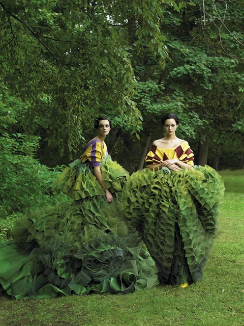 garden-steven-meisel-0