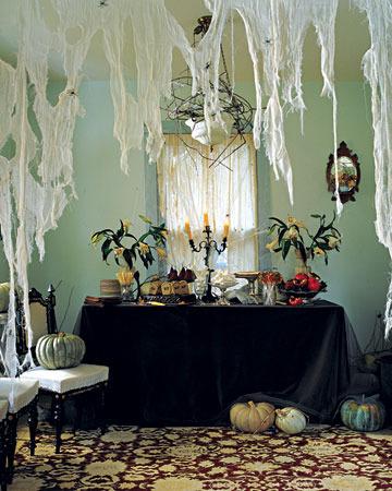 Как украсить свою комнату к хеллоуину своими руками
