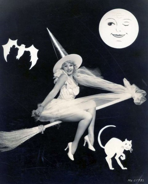 vintage-halloween-pinup-june-knight