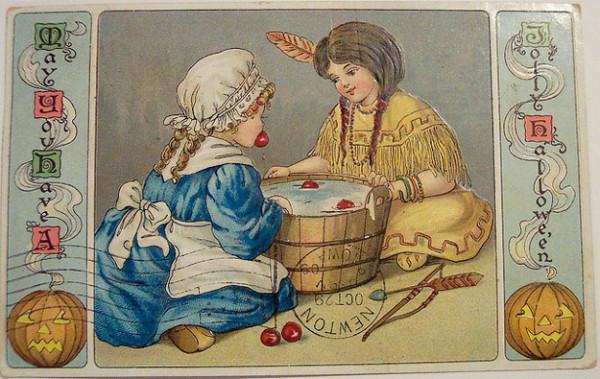 Bizarre Vintage Halloween Postcards (4)