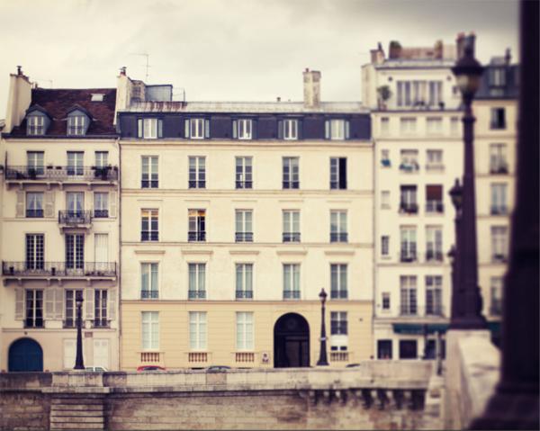 autumn-walk-in-paris