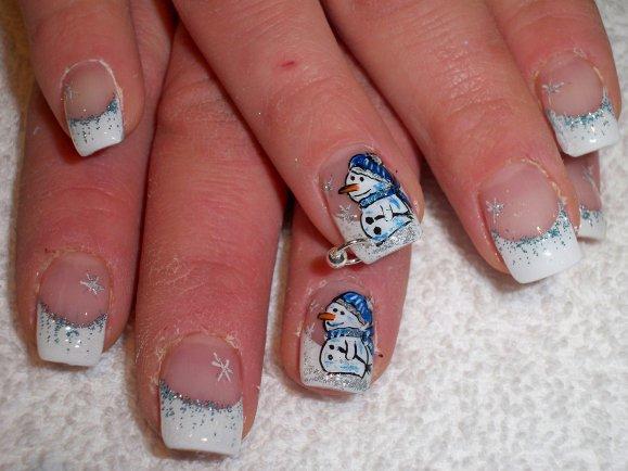 Snowman-nail-art-design