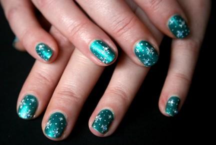 Winter Nail Art Designs Ideas for Girls 2012 (6)