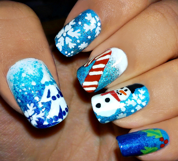 29-Christmas-Nail-Art