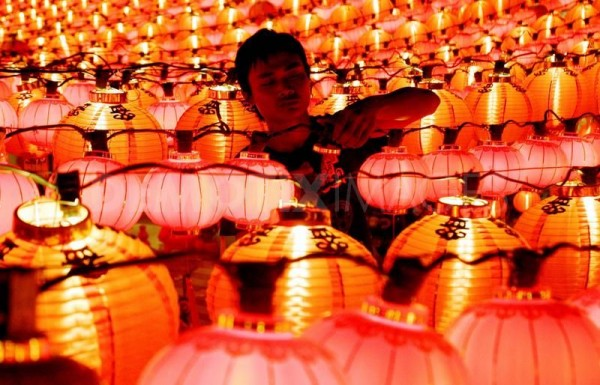 1266048754-chinese-new-year-lanterns-in-kuala-lumpur247358_247358