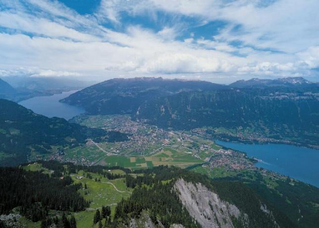 interlaken_lakes