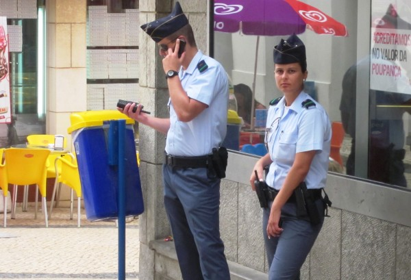 полицаи в Эрисейре