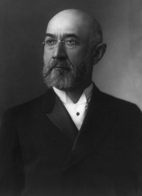 Исидор Штраус