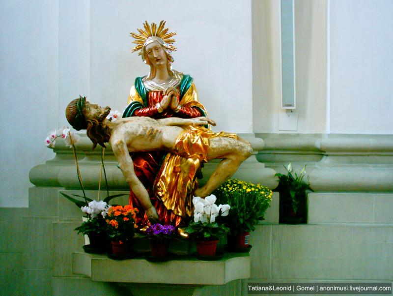"""Пьета """"Оплакивание Христа а монастыре Святого Галла. Санкт-Галлен. Швейцария"""