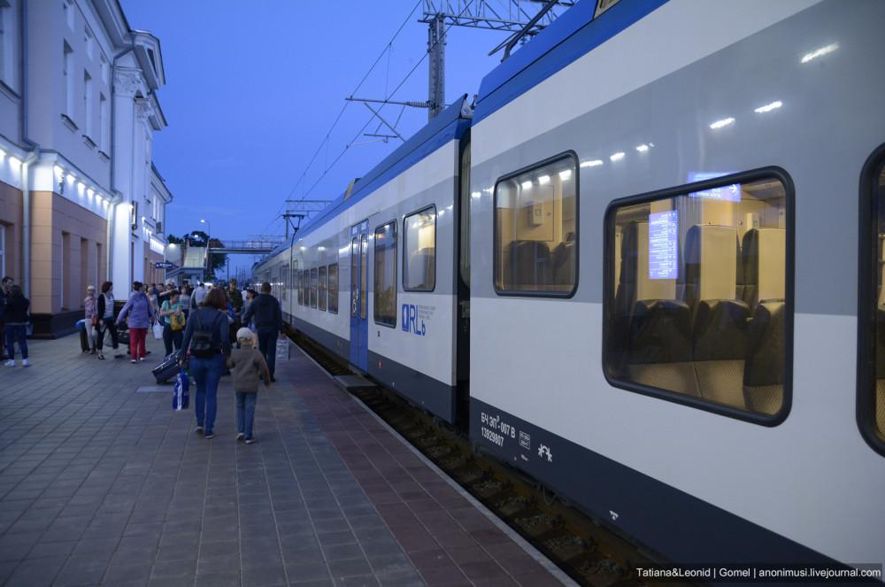 Электропоезд Штадлер Гомель-Минск/Минск-Гомель