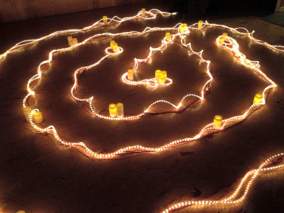 labyrinth of lights, photographed by sylvan on 10/31/2015