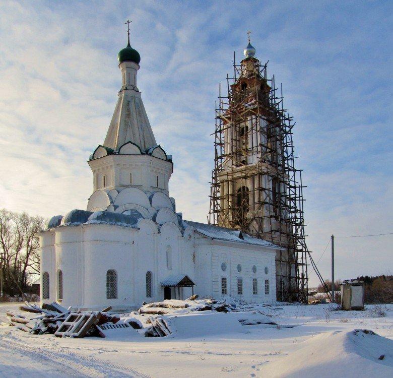 Елизарово Ярославская обл. Церковь Никиты муч. 17 в.