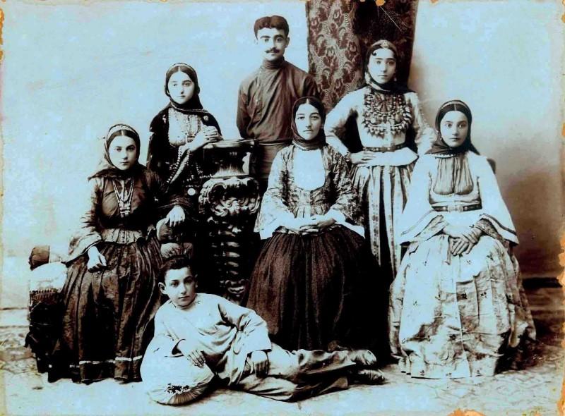 Азербайджанская семья