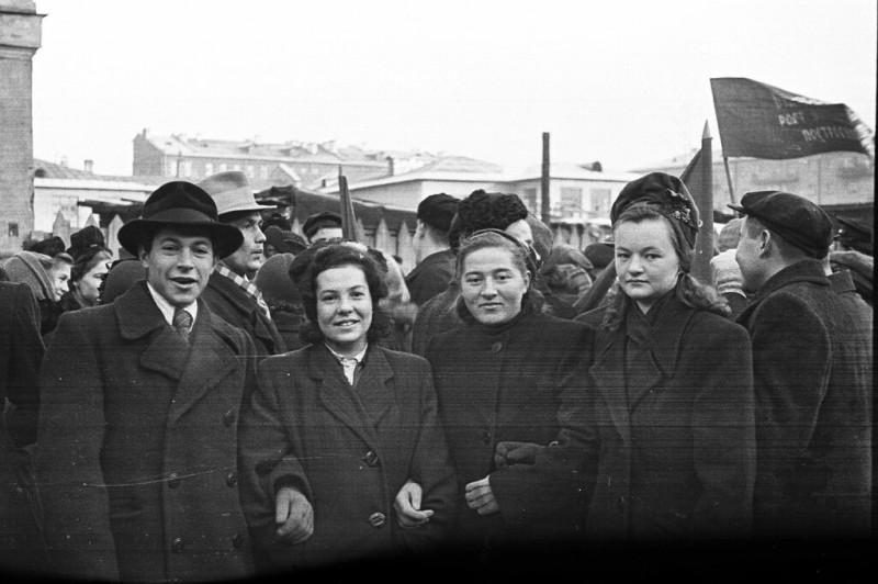 Советские граждане 50-х гг
