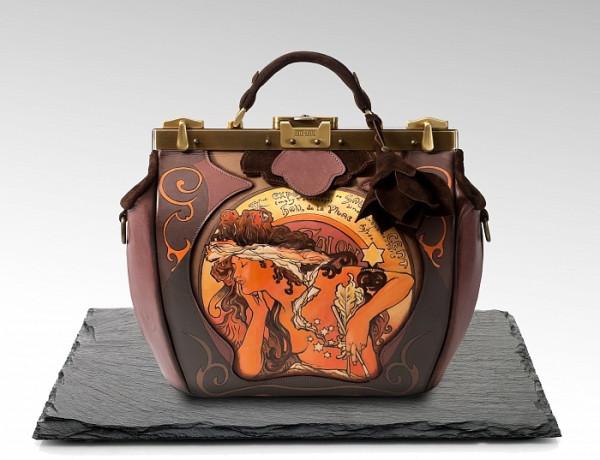 Слово «саквояж» пришло к нам из Франции. Sac de voyage – дорожная сумка. Но  первые такие дорожные сумки появились в Америке в середине XIX века. a3cec292f1a